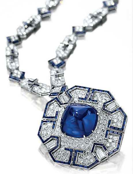 Elizabeth Taylor's Sapphire and Diamond Sautoir by Bulgari, 1969. Photo courtesy: Christie's
