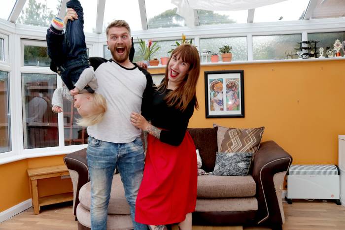 How to get the best self-timer family photos