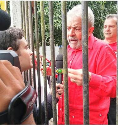 Resultado do julgamento: Lula é condenado a 12 anos de prisão, mas ainda não vai ser preso.