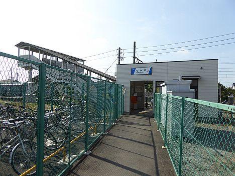 東武小泉線 竜舞駅舎