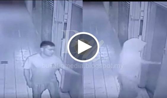 [VIDEO] MEMALUKAN..!! Tindakan Berani Mati Lelaki 'Biadap' Dalam Tandas Wanita Di Petronas Jalan Reko Kajang