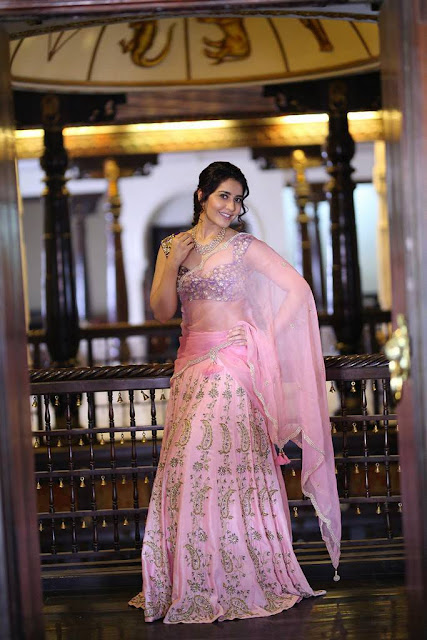 Rashi Khanna Beautiful