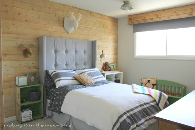 Making it in the Mountains uses Weatherwood Stain for Rustic Weathered Walls