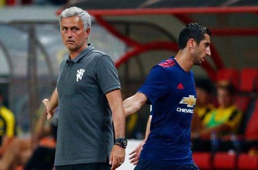 """MU - Mourinho lại lo lắng: """"Kiêu binh"""" nổi loạn phòng thay đồ 3"""