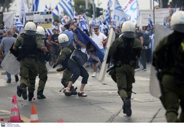 Η κυβερνητική βία στηρίζει το καθεστώς Τσίπρα