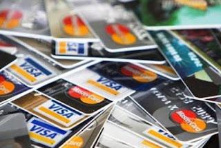 Εκρηκτική αύξηση καρτών στην Ελλάδα