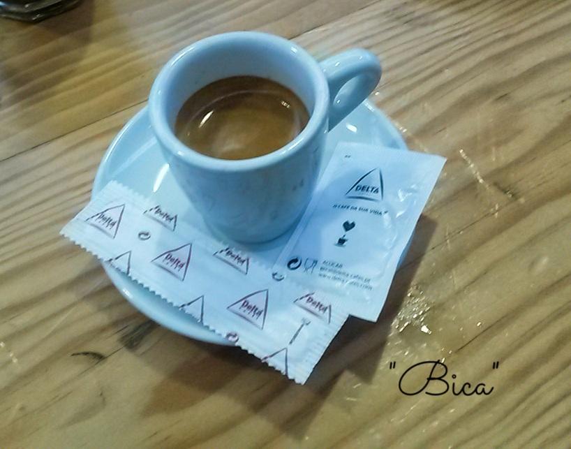 Café Bica en Mercado Da Ribeira en Lisboa, Portugal 11