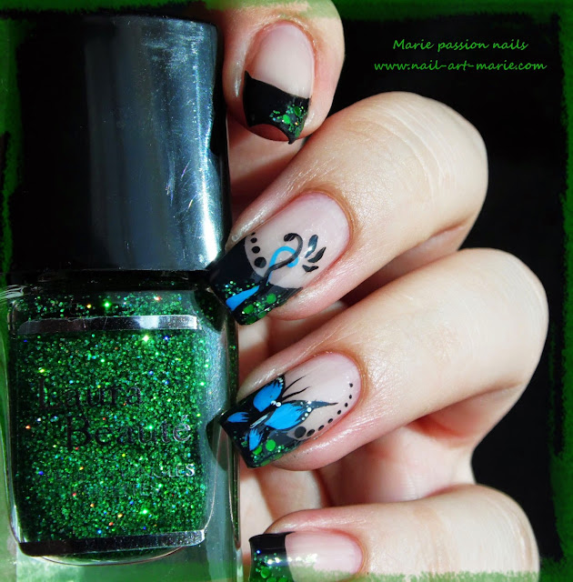 nail art french et papillon1