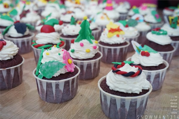 Butterfly Project Christmas CupCake Workshop @ At 19 Culinary Studio