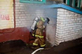Пожар в магазине жилого дома, город Камышлов