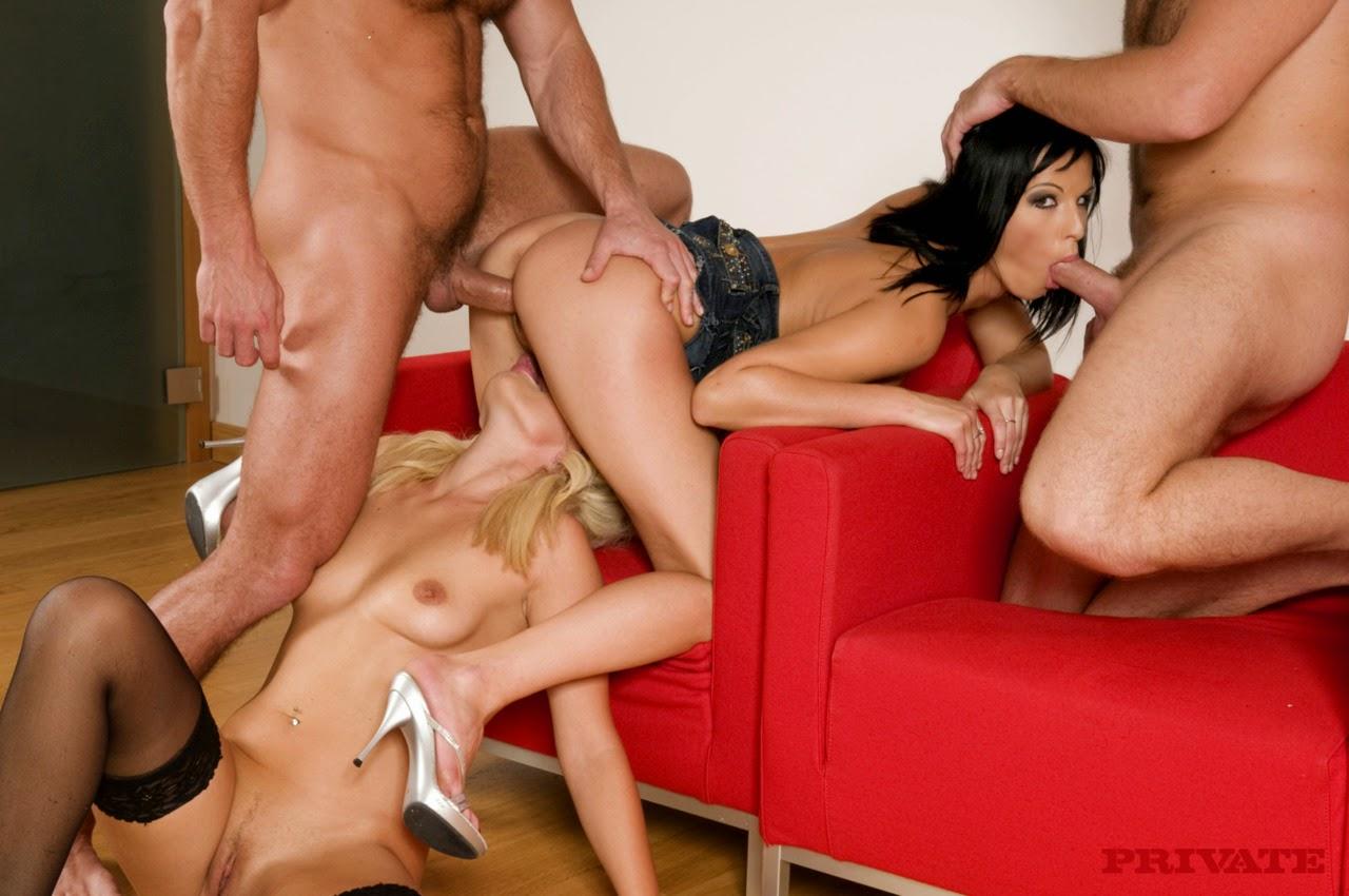 Denise richards naked tits