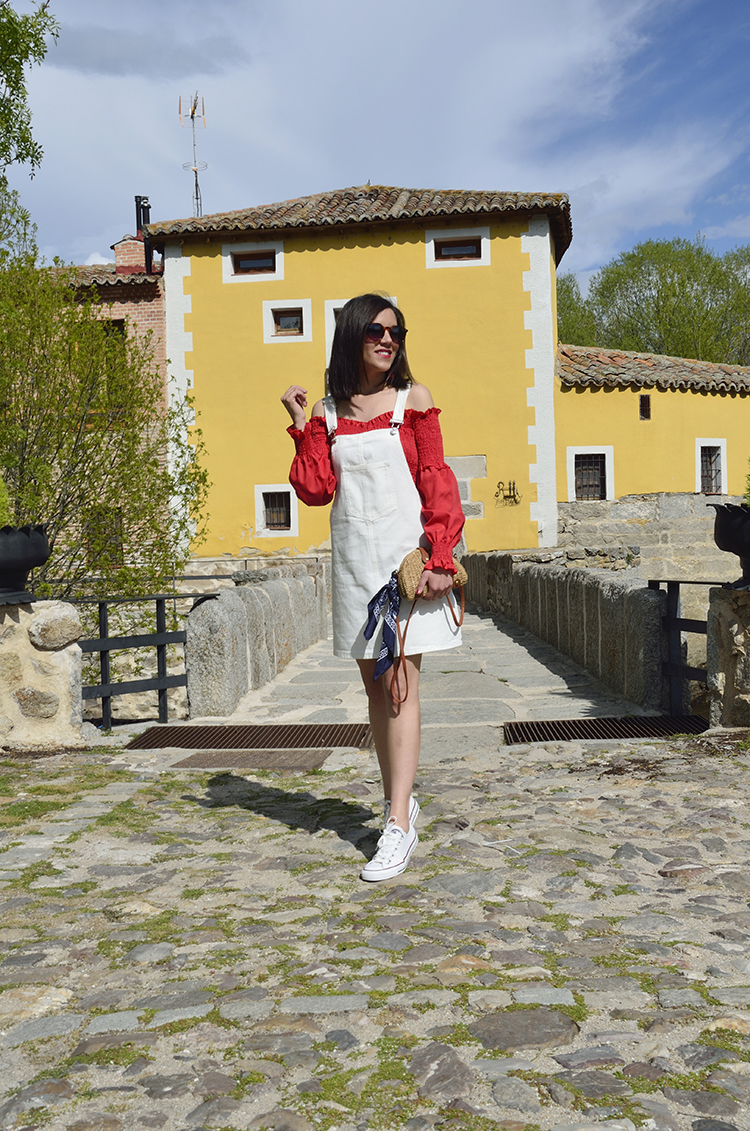 pichi_denim_blanco_top_rojo_off_shoulders_pinaflore_dress_trends_gallery