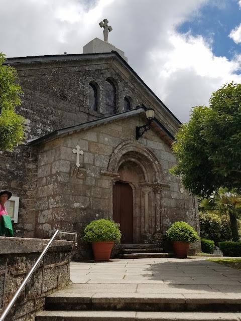 Church of San Tirso. Photo: © Lisa Foradori.