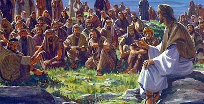 Resultado de imagen para Jesús baja de la montaña y la multitud lo busca