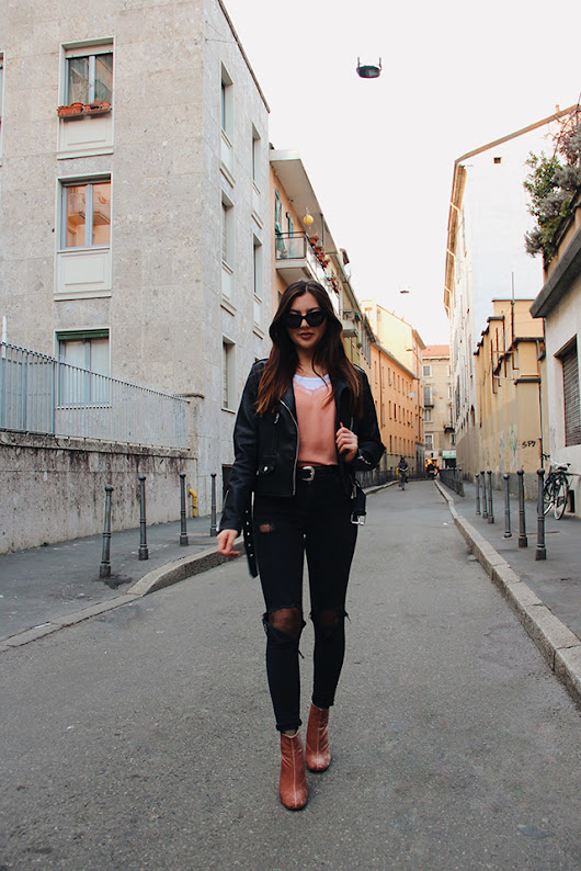 Nicole Mai ♥: Peach on Black Street Style