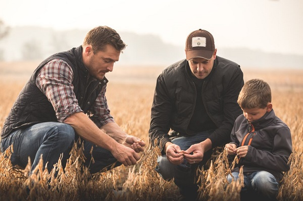 "Former Bachelor Star Chris Soules is ""Prince Farming"" In New Ad Campaign For Grain Farmers of Ontario"