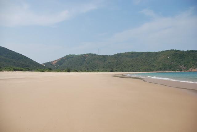 Bai Tram Beach