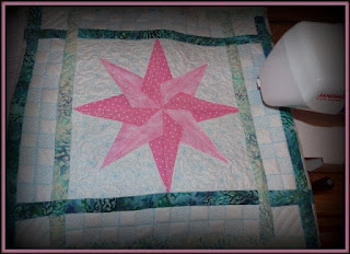 pink star table runner
