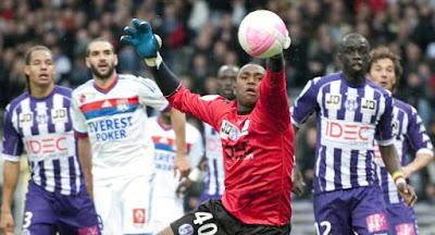 Olympique Lyon gana 4 a 0 a Toulouse