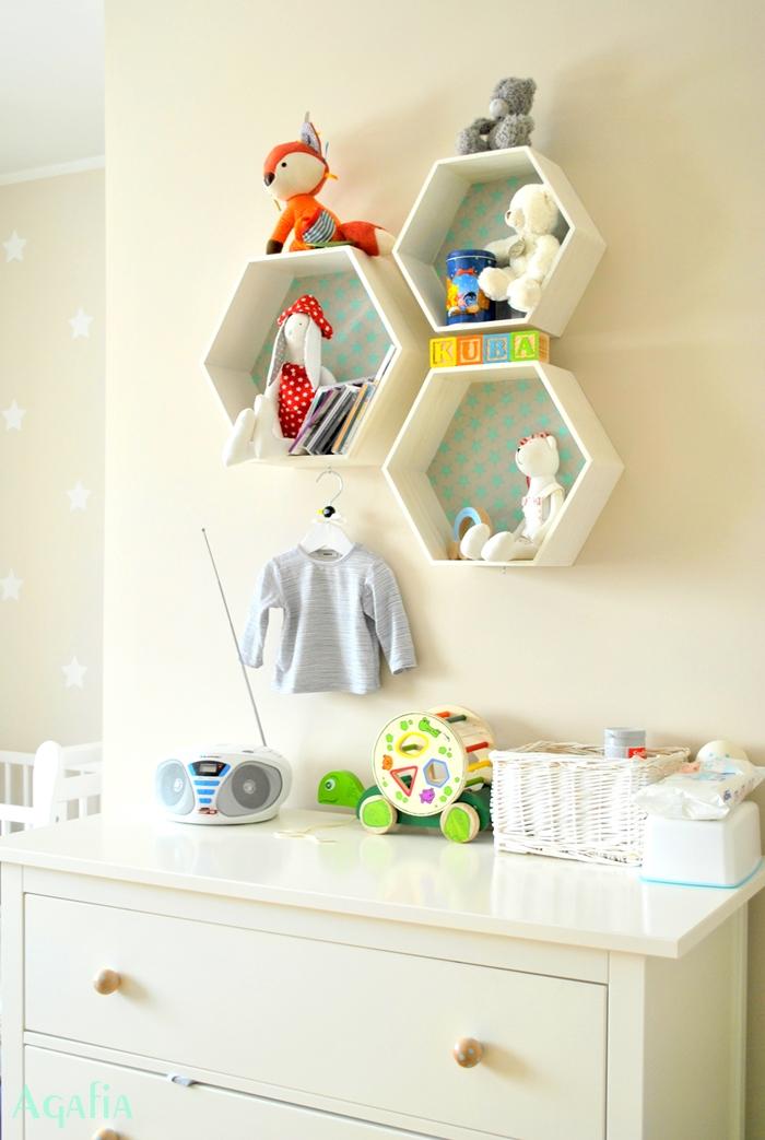 heksagony w pokoju dziecka