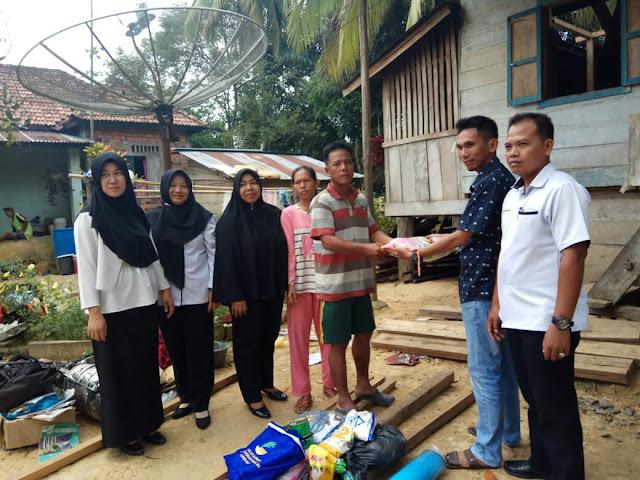 Korban Kebakaran di Desa Sindang Marga Dapat Bantuan Sembako