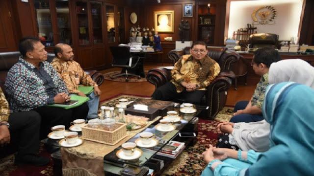 Fadli Zon: Menjual Indosat Sama Saja Menjual Kedaulatan Negara