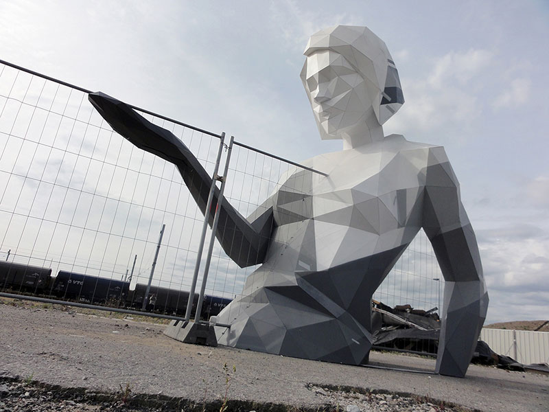 David-Mesguich-03 Deserted Boulevard Sculptures through David Mesguich Design