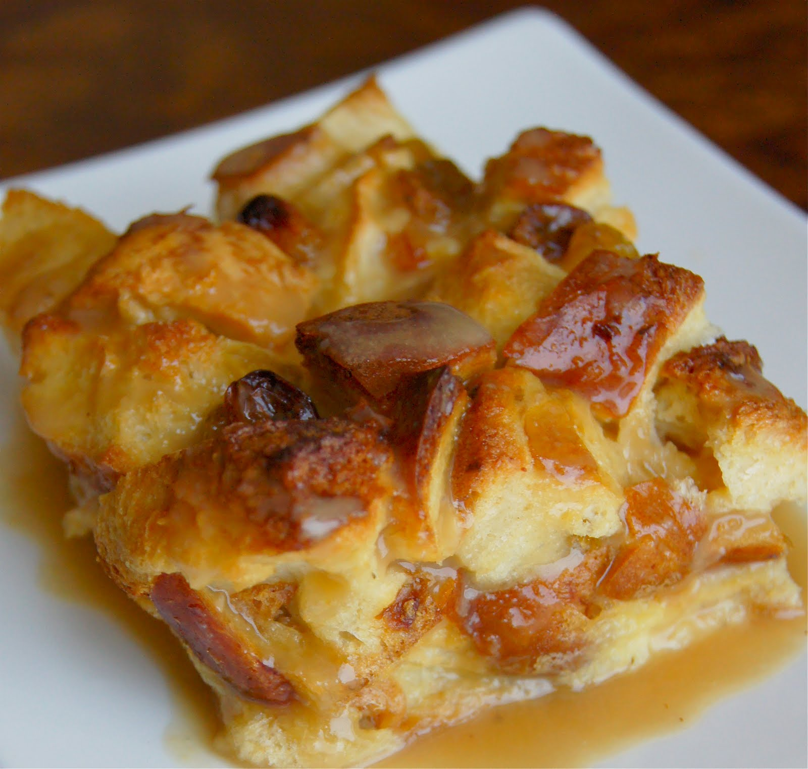 Healthy And Gourmet: Rum And Raisin Bread Pudding With Rum