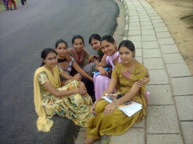 Desi Beautiful Hot Punjabi Girls Sexy Photos - Beautiful -3858
