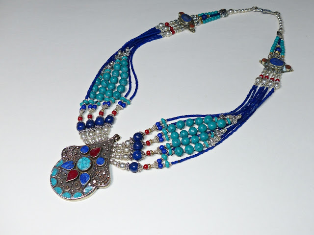 Turquoise, lapis lazuli and coral necklace