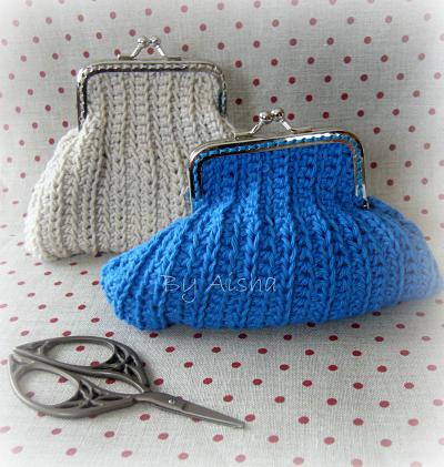 monedero de crochet con boquilla metalica hecho a mano