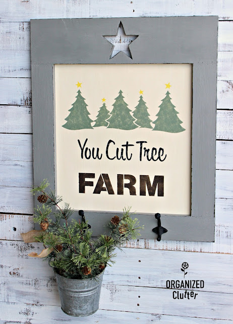 DIY CHRISTMAS Sign with Old Sign Stencils www.organizedclutter.net