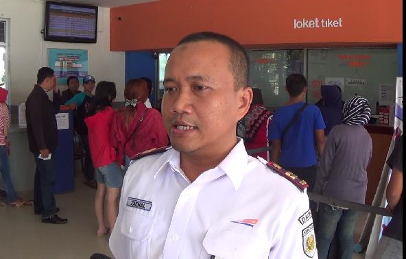 Tiket Mudik Lebaran Di Stasiun KA Pekalongan Ludes Diserbu Calon Pemudik