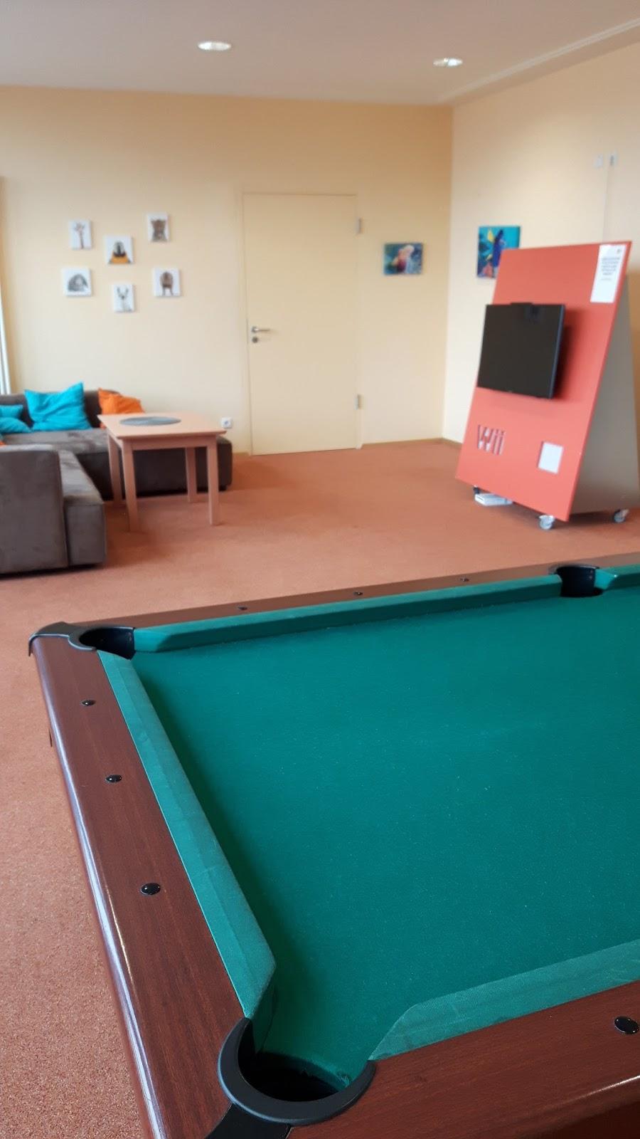 kinderspielraum tischtennisplatten billardtisch wii keine langeweile in den jufa