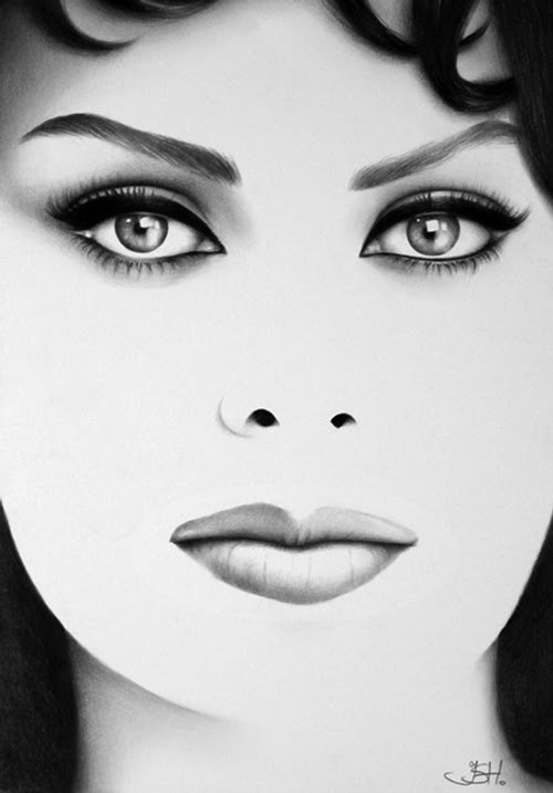 10-Sophia-Loren-Ileana-Hunter-Recognise-Portrait-Drawings-Detail-www-designstack-co