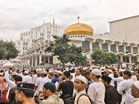 Subhanallah Merinding! Puluhan Ribu Warga Medan Padati Tabligh Akbar Habib Rizieq, Sampai Ke Atap Masjid