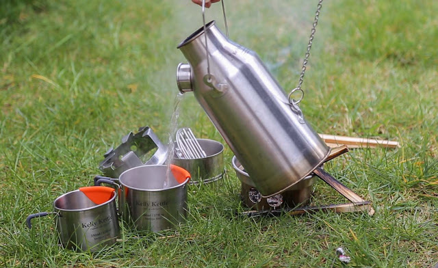 boil water in 3 - 5 minutes