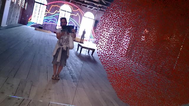 Alberta Bijoux alla Biennale di Venezia arcobaleno Sarkis Turchia