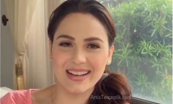 Artis Filipina Tercantik Kristine Hermosa