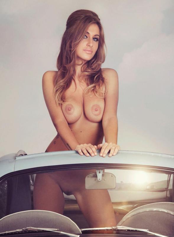 Fotos de Elena Rizzello nua na Playboy