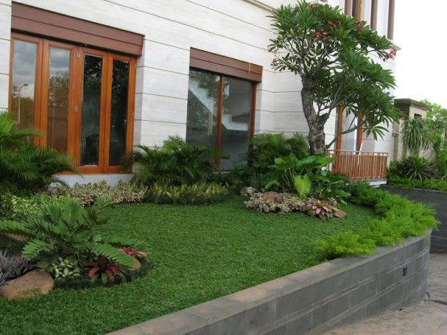 Taman Klasik | Tukang Taman Surabaya | www.tamanasrisurabaya.com