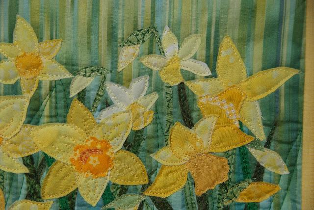 daffodils quilt