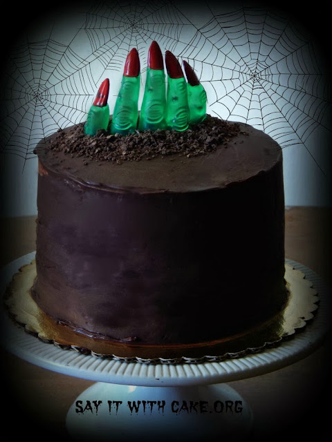 Halloween chocolate mousse cake