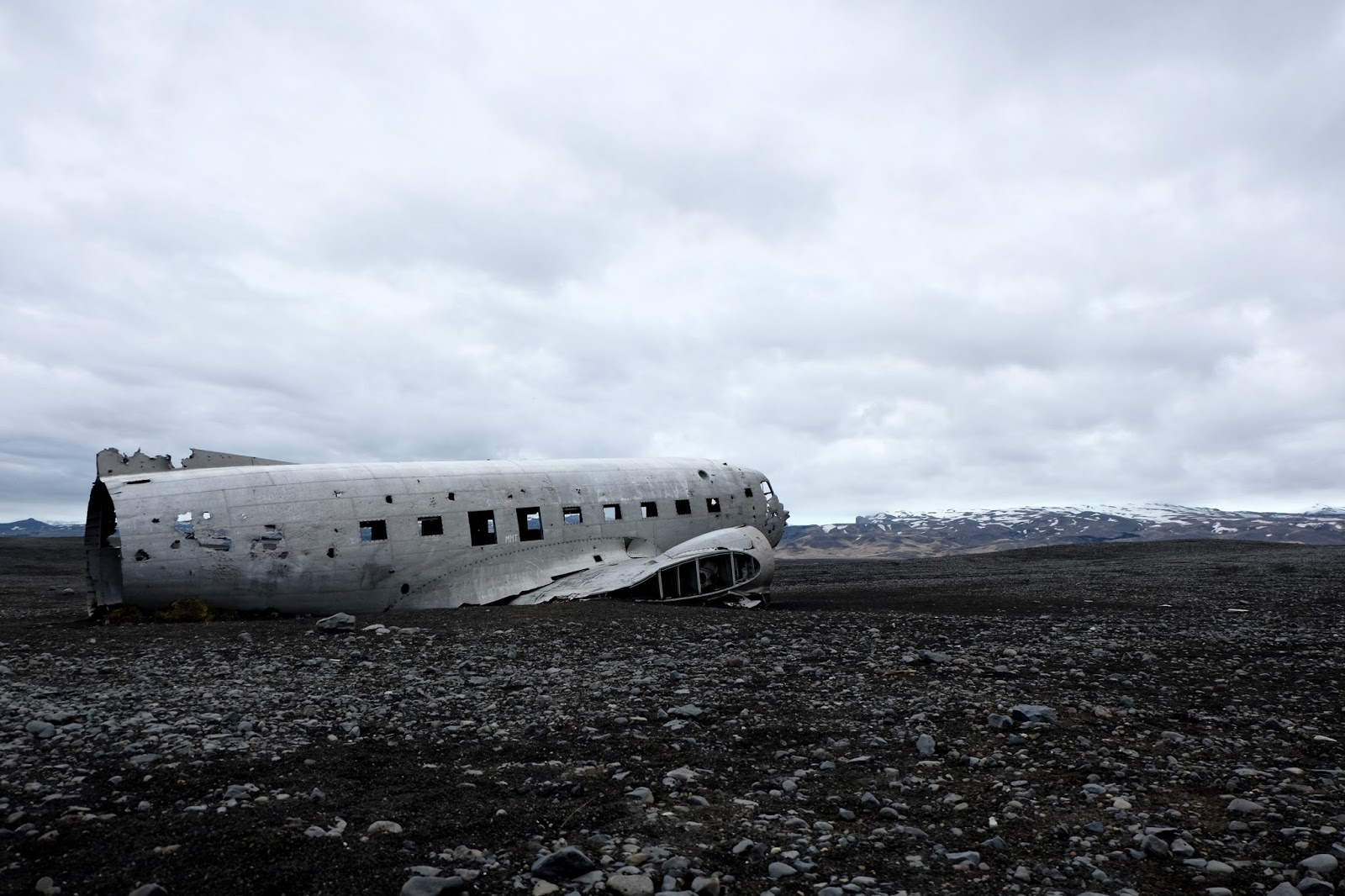 islande l 39 avion abandonn de s lheimasandur from there we were. Black Bedroom Furniture Sets. Home Design Ideas
