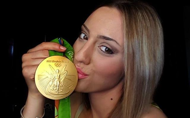 Η αποκάλυψη της Άννας Κορακάκη για την συμμετοχή της στο Survivor 2 (ΦΩΤΟ)