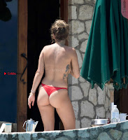 Rita-Ora-Topless-3+%7E+SexyCelebs.in+Exclusive+Celebrities+Galleries.jpg