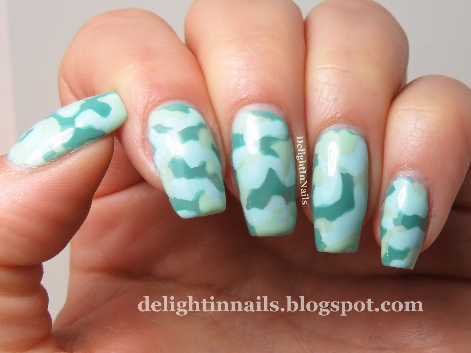 Delight In Nails 40 Great Nail Art Ideas Mint Green The Lacquer