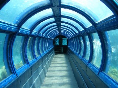 lokasi-pulau-putri, undersea-aquarium