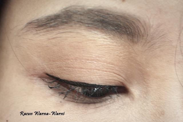 Eyeliner Tipis