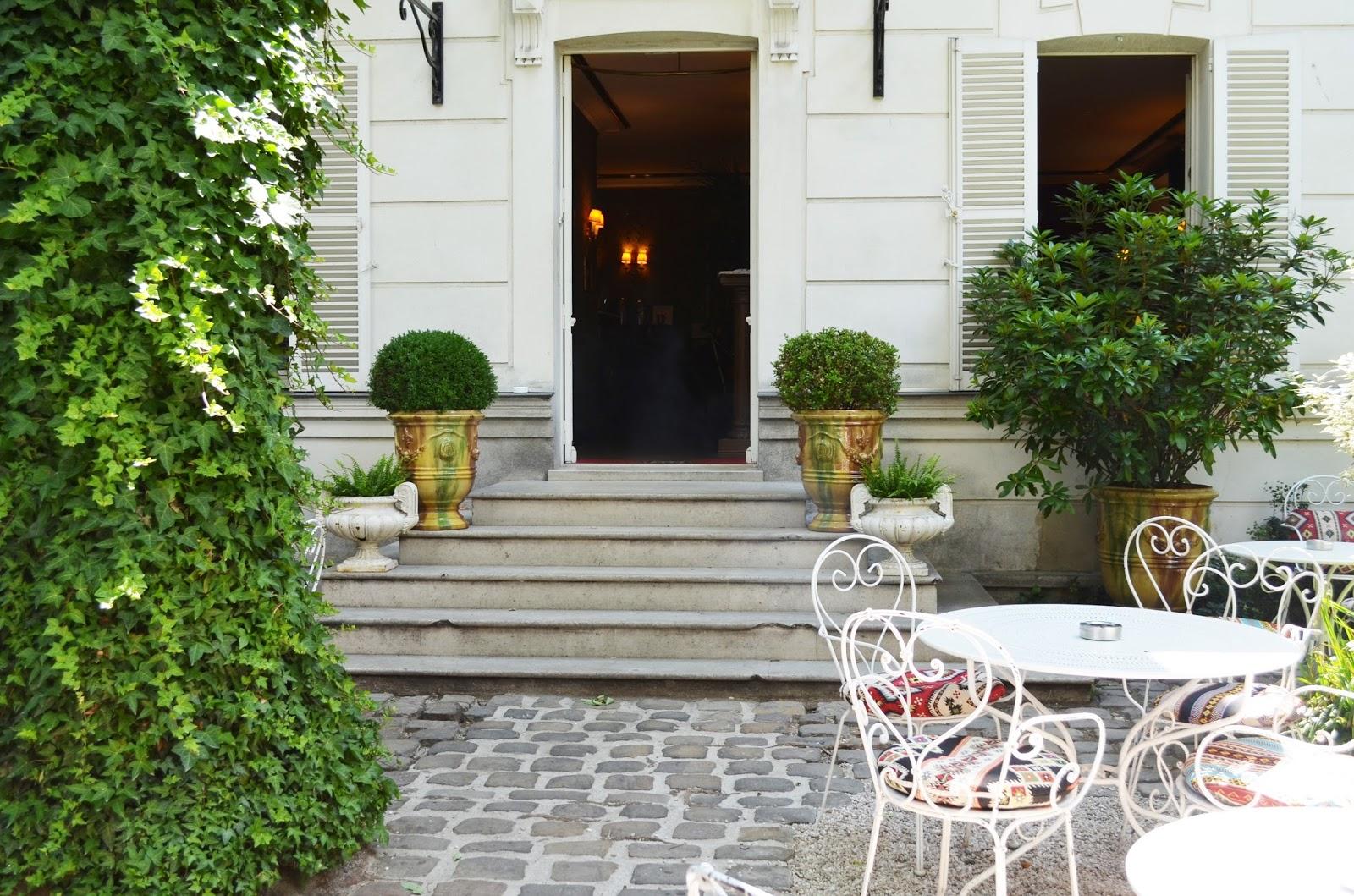 les plus belles terrasses estivales de paris parisian touch. Black Bedroom Furniture Sets. Home Design Ideas